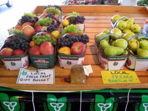 A Fruit Basket to Die For!